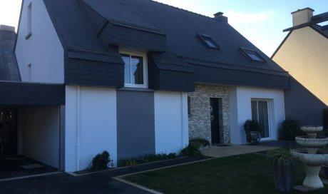 Ravalement de façades de maison par entreprise de peinture à Iffendic